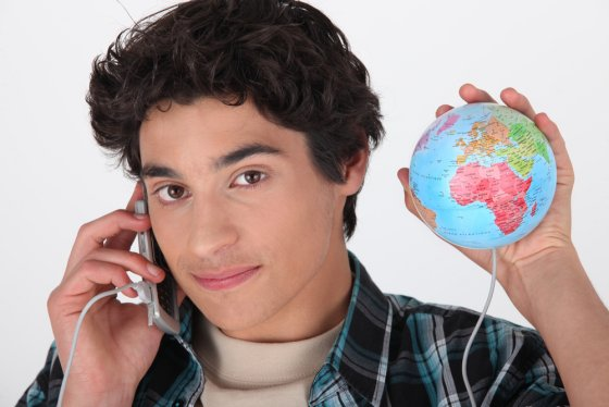 Post image for How to make cheap-to-free mobile calls internationally