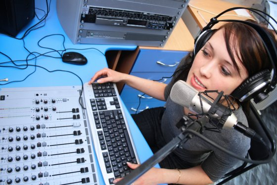 "Post image for ""How to be a podcaster"" podcasting resources"